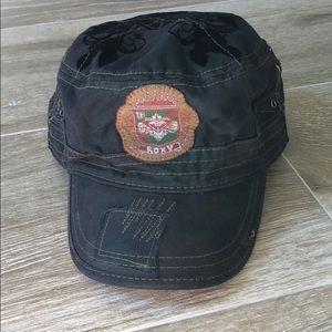 LIKE NEW ROXY HAT
